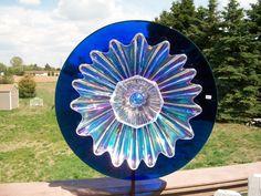 crystal, glass garden art, Kimber's Garden Gems on facebook Glass Garden Flowers, Glass Garden Art, Glass Art, Flower Plates, Yard Art, Gems, Crystals, Gardens, Island