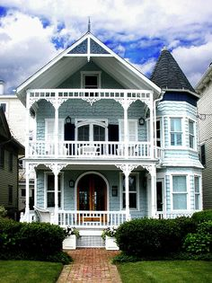 More Beautiful Victorians Beautiful Trendy Houses Beach Houses