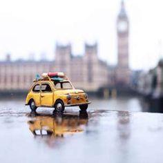 Fotógrafo utiliza miniaturas de carros para registrar lindas fotos ao redor do mundo. Miniature Photography, Toys Photography, Creative Photography, Photography Equipment, Landscape Photography, Travel Photography, Photos Hd, Photo Images, Combi Wv