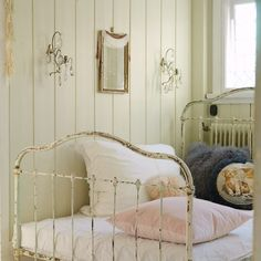 not painting my 85 year old white shabby chic bed.... so love this