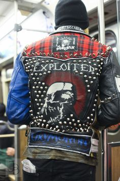 Punk Outfits, Grunge Outfits, Fashion Outfits, Punk Rock, Biker Costume, Post Apocalyptic Costume, Heavy Metal Fashion, Custom Leather Jackets, Punk Jackets
