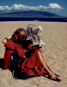 Cheryl Tiegs, Hawaii, 1974  Photographer: Helmut Newton