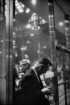 A poetic look at New York's Penn Station in the 1950s – in pictures