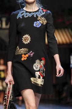 See detail photos for Dolce & Gabbana Spring 2016 Ready-to-Wear collection.