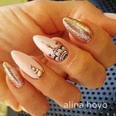 #alinahoyonailartist#nailart#nails #nailartmagazine #prettynails #nailtime #nail