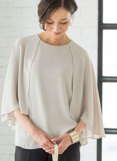 【Made in JAPAN】ロングケープジョーゼットブラウス 新着   おしゃれな大人レディースファッション通販STYLE DELI