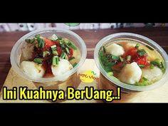 BANYAK DISERBU! JUALAN INI BIKIN BERUANG.. JAJANAN BERKUAH DAN SAMBEL RAHASIANYA JADI FAVORIT - YouTube Malay Food, Savory Snacks, Indonesian Food, Street Food, Food And Drink, Cooking Recipes, Homemade, Diet, Baking