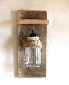 Mason jar light fixture Reclaimed wood wall von GrindstoneDesign