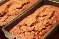 Healthful, Whole-Wheat, Low-Fat, Banana Pumpkin Spice Bread - excellent-eats Pumpkin Spice Bread, Pumpkin Banana Bread, Healthy Banana Bread, Banana Bread Recipes, Yummy Treats, Delicious Desserts, Yummy Food, Tasty, No Bread Diet