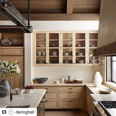 #Repost Thank you for showing off our Aspen kitchen @deringhall. . . . Beige and neutrals are anything but boring in this stunning kitchen with interior design by @bradkrefman and architecture by Backen, Gillam and Kroeger. Photo: @twilliamsphoto #DHDesignImage
