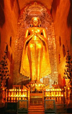 The Stunning Golden Buddha In Southeast Asia. #hoteltrip
