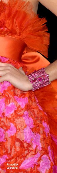 Pinned by Jadranka Orange And Purple, Orange Dress, Pink Yellow, Orange Color, Hot Pink, Orange Fashion, Pink Fashion, Colorful Fashion, Fashion Colours