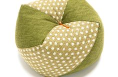 Our 'little ojami'! Unlike our regular ojami, these have a pleasing 'beanbag' filling, reminiscent of the origins of our Ojami range, the traditional Japanese beanbag toy. These kawaii little cushions are designed to be the perfect height and firmness for napping