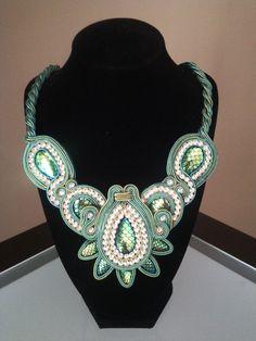 Collar Soutache en turquesa y verde
