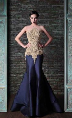 """Rami Kadi """"Le gala des mystères"""", F/W - Couture This dress is awesome! Style Couture, Couture Fashion, Beautiful Gowns, Beautiful Outfits, Gorgeous Dress, Elegant Dresses, Pretty Dresses, Fashion Vestidos, Fashion Dresses"""
