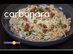 Filipino Style Creamy Bacon and Mushroom Carbonara is very timely for the holidays. I made sure to make this dish look festive South African Recipes, Asian Recipes, Creamy Spaghetti, Pasta Dinners, Pinoy Food, Recipe Videos