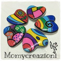 rockpainting art heart colored Pebble Painting, Dot Painting, Pebble Art, Stone Painting, Mandala Painted Rocks, Painted Rocks Craft, Mandala Rocks, Stone Crafts, Rock Crafts