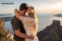 Santorini Photographer, Wedding Photographer in Santorini Santorini Honeymoon, Santorini Wedding, Greece Wedding, Santorini Greece, Honeymoon Photography, Photography Tours, Couple Photography, Wedding Photography, Photographer Wedding