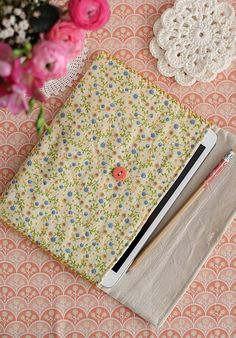 Ipad mini case by cafe noHut