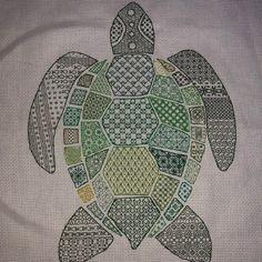 Blackwork Cross Stitch, Blackwork Embroidery, Cross Stitch Samplers, Embroidery Hoop Art, Cross Stitching, Cross Stitch Embroidery, Embroidery Patterns, Floral Embroidery, Blackwork Patterns