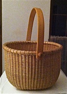 Antique Sailor Made NANTUCKET ISLAND LIGHTSHIP Basket Carved Swing Handle vintag