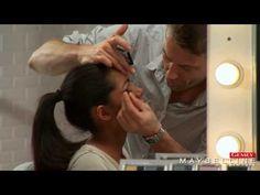 Découvrez nos conseils maquillage pour réussir un look Rose Magnetic express avec les ombres à paupières, le crayon, l'eyeliner, le mascara et le gloss.   Suivez les conseils de Max Delorme, maquilleur créateur Gemey-Maybelline.