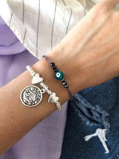 LIZÂRT accesorios tendencias Alex And Ani Charms, Charmed, Bracelets, Jewelry, Fashion, Bangle Bracelets, Trends, Accessories, Bangles