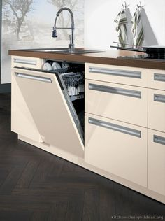 Idea of the Day: Modern Cream-Colored Kitchens. (By ALNO, AG). Pretty good, cream antique white wood floor top built in dishwasher Cream Colored Kitchens, Modern Kitchen Design, Kitchen Designs, White Wood Floors, Built In Dishwasher, Kitchen Pictures, Kitchen On A Budget, Ceiling Design, Kitchen Decor