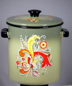 Vintage 1970s Olive Green With Design Enamel Stock Pot