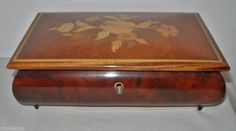 FINE Vintage EXQUISITE Inlay Work ITALIAN Wood MUSIC BOX Reuge SORRENTO w/ LABEL