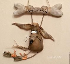 """Куклы и игрушки ручной работы. Ярмарка Мастеров - ручная работа. Купить Пес Беня на турнике """"Косточка"""". Handmade. Коричневый, песик"""