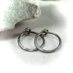 Hammered Tiny Hoop Earrings Niobium Choose Your Size and Color Little Hoop Earrings, Piercing, Heart Ring, Bronze, Bracelets, Silver, Color, Jewelry, Women