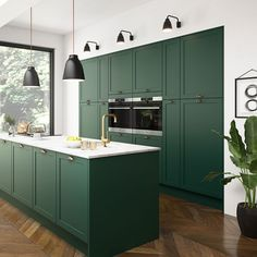 If you are looking for Green Kitchen Cabinets Design Ideas, You come to the right place. Here are the Green Kitchen Cabinets Design Ideas. Kitchen Trends, Kitchen Sets, Kitchen Layout, New Kitchen, Kitchen Decor, Hickory Kitchen, Cheap Kitchen, Country Kitchen, Green Kitchen Cabinets