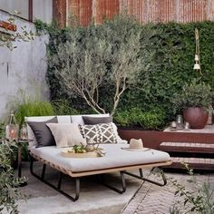 House Tour-Portugal Dreaming in California Outdoor Sofa, Outdoor Living, Outdoor Furniture Sets, Outdoor Decor, Modern Furniture, Geek Furniture, Futuristic Furniture, Plywood Furniture, Pallet Furniture