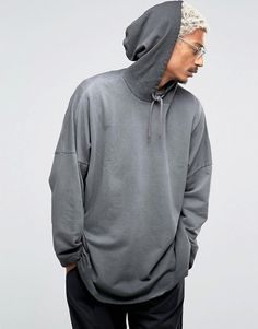 http://www.asos.com/asos/asos-extreme-oversized-hoodie-with-cropped-sleeves/prd/6951843?iid=6951843&clr=Grey&SearchQuery=&cid=5668&pgesize=36&pge=2&totalstyles=235&gridsize=3&gridrow=1&gridcolumn=2