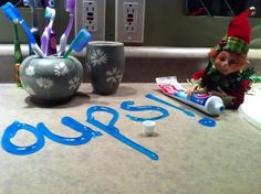 lutin Elf On The Shelf, Christmas Elf, Christmas Crafts, Bonbon Halloween, Dory, Holidays And Events, My Little Pony, Activities, Holiday Decor