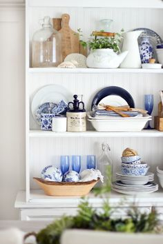 Summer Hutch And Styling Tips