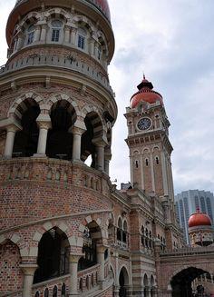 Sultan Abdul Samad Building in Merdeka Square, Kuala Lumpur, Malaysia (by roaming-the-planet). Malaysia Truly Asia, Malaysia Travel, Malaysia Trip, Putrajaya, Beautiful World, Beautiful Places, Amazing Places, Kuala Lumpur Travel, Places To Travel