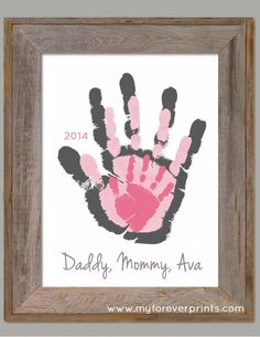 Baby crafts For Grandparents - Family House Footprint Wall Art 802 pap Family Crafts, Baby Crafts, Crafts To Do, Craft Projects, Crafts For Kids, Newborn Crafts, Summer Crafts, Craft Gifts, Diy Gifts