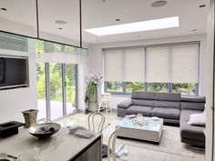 8 Complete Cool Tricks: Electric Blinds For Windows wooden blinds balcony.Wooden Blinds Farmhouse sheer blinds for windows. Cheap Blinds, Diy Blinds, Fabric Blinds, Curtains With Blinds, Valance, Blinds For Bifold Doors, Blinds For Windows, Shutter Blinds, Sliding Doors