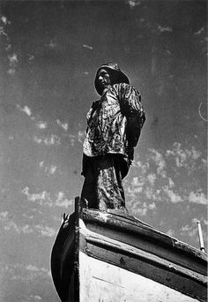 "Mariñeiros | Fisherman, 1935-36. If you were interested by some Marseille pictures, please go to my board ""Marseille"":)"