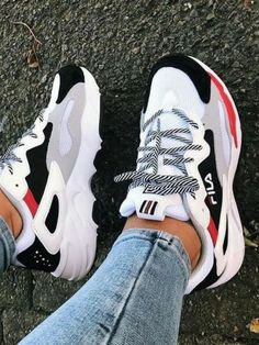 Sneakers and fitness shoes for everyday hustle. - - Sneakers and fitness shoes for everyday hustle. Source by gymwearss Dad Shoes, Women's Shoes, Girls Shoes, Me Too Shoes, Ladies Shoes, In Style Shoes, Nurse Shoes, Shoes Jordans, Air Jordans