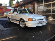 This ford escort rs turbo year 1990 is for sale.