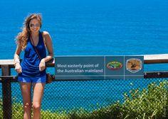 Packing tips for summer in Australia. Female travelers.