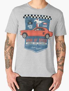 """Ford Mustang - King Of Speed"" Männer Premium T-Shirts von SAVALLAS | Redbubble"