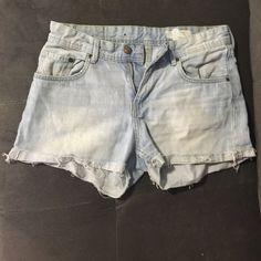 blue H&M boyfriend shorts size 6 (36), blue color, style - loose waist and loose legs H&M Shorts Jean Shorts