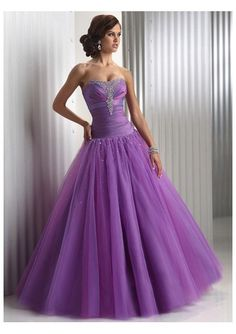 Purple Dress ~ Seminar!!! I can see this as a going across stage dress!