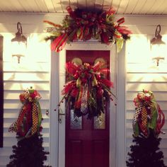 Love my Christmas decor for the outside!