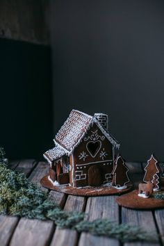 Gluten-free Ginger Bread House and a new Watch from Cluse - Our Food Stories Christmas Music, White Christmas, Christmas Time, Christmas Crafts, Hygge Christmas, Xmas, Christmas Ideas, Merry Christmas, Christmas Decorations