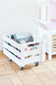 Diy kids book bin pinterest legs books and playrooms do it yourself rollende obstkiste bauen solutioingenieria Images